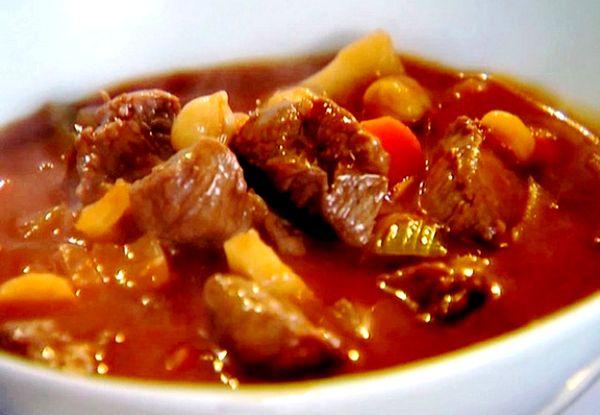 Традиционное жаркое из говядины