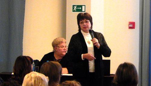 Директор центра «Эндокринолог» Елена Лебедева прочла коллегам лекцию
