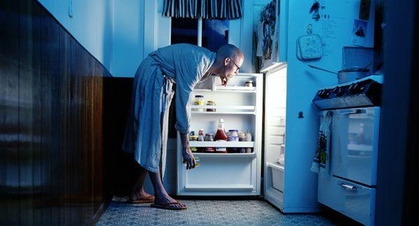 Ночная еда портит фигуру и здоровье